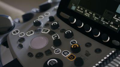 Skalická nemocnica má nový utrazvukový prístroj.  Novú úroveň sonografického vyšetrenia vyskúšalo v Skalici prvých  370 pacientov